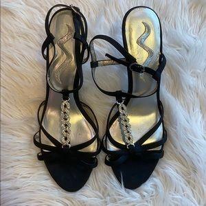 NINA Black Satin Vurlane Heels 8.5